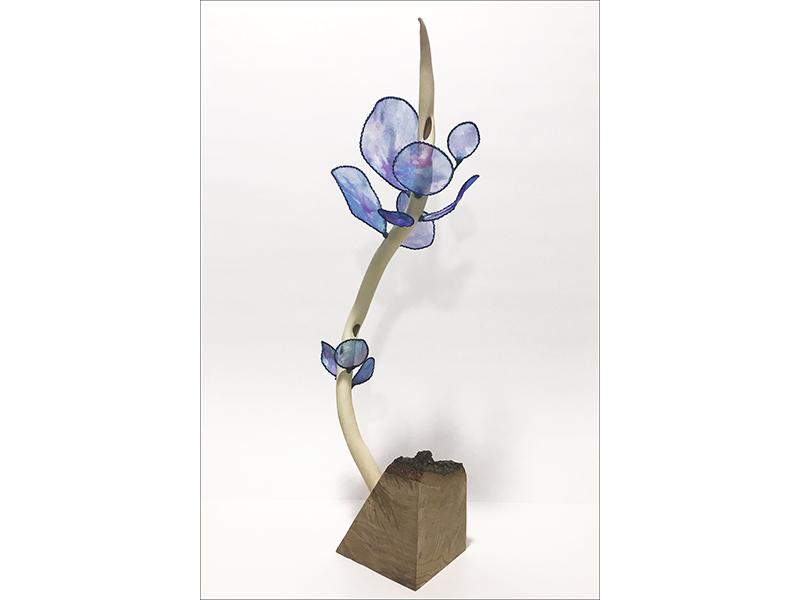 Biomorphic sculpture by artist Laura Latimer